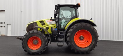Tracteur Claas AXION 830